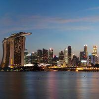 Singapore CBD Saving Tips|Singapore CBD|CBD Street Food Singapore|Saving with the Singapore MRT